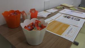 Detalhes de uma recepção especial aos participantes.